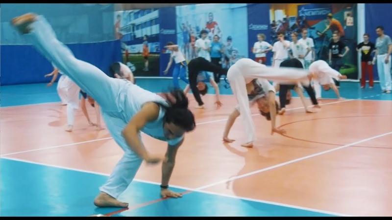 EM CIMA DA MARE 2019 adults training Capoeira Existencia