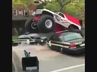 Monster trucks 🔥