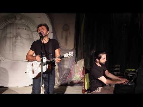 Концерт итальянских музыкантов Fabrizio Consoli и Jacopo Mazza в творческой усадьбе Гуслица.