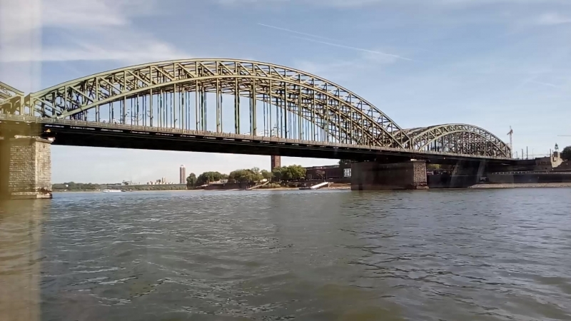 На кораблике по Рейну, город Кёльн.