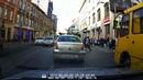 Аварія в центрі Львова. Таксі збило людино і продовжило рух. Відеореєстратор.