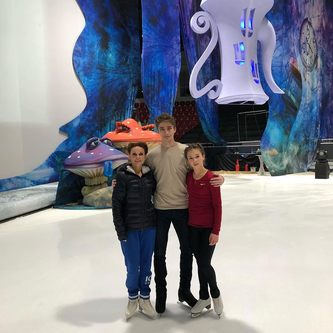 Ледовые шоу-5 - Страница 48 QPdSZZT6xqQ