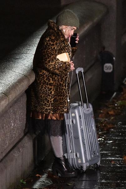 Ники Хилтон Эмилия Кларк на съемках Меган Фокс и Брайан Остин Грин