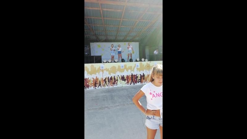 Благотворительный концерт для лечения маленькой девочки Ани Котовой!