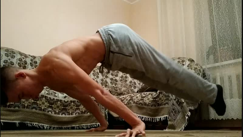 PLANCHE. straight elbows