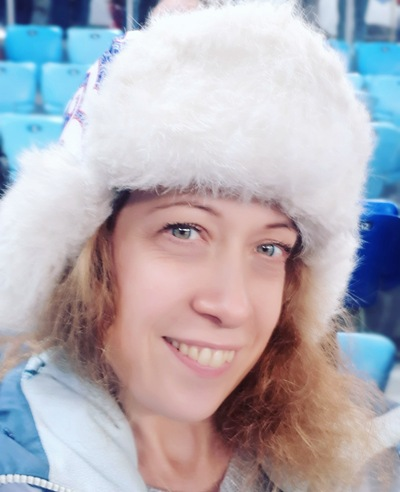 Юна Комарчева