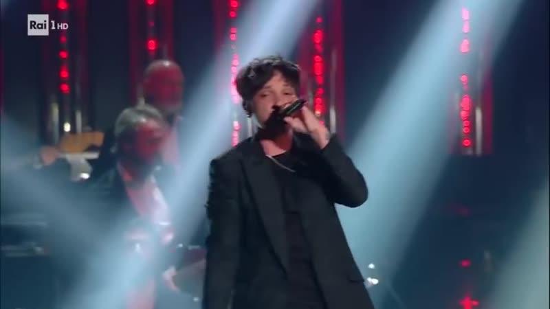 Sanremo 2019 - Ultimo canta I tuoi particolari