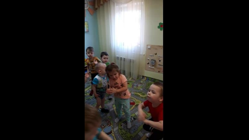 муз.занятие урожайная мл.гр