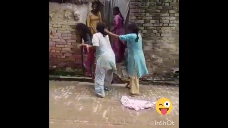 Street catfight