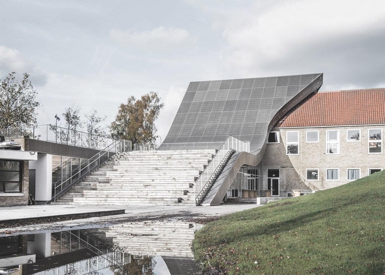 S-shaped extension links two sides of Copenhagen's Mariehøj Kulturcenter