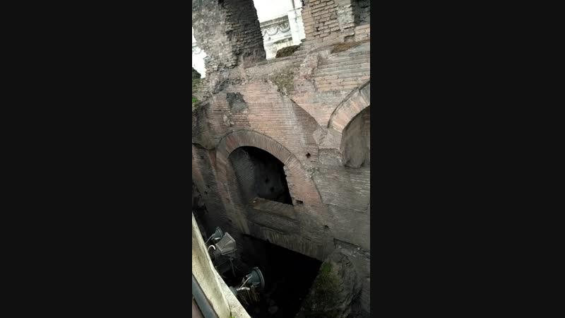 древние развалины)