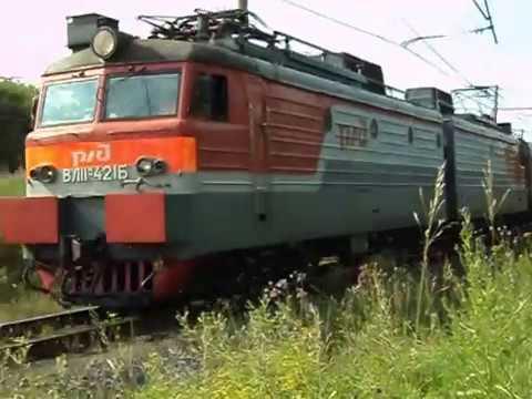 ВЛ11М 421 с пригородным поездом Алапаевск Екатеринбург Пасс и приветливым помощником