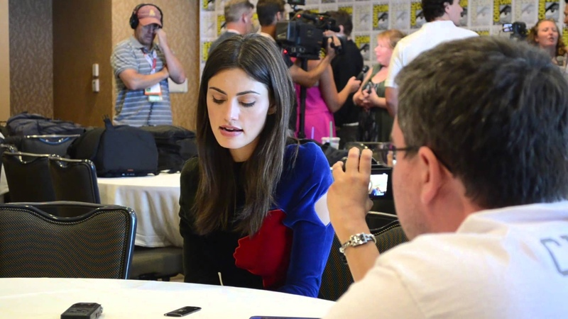 2015 Comic-Con Roundtable Interview: Phoebe Tonkin (The Originals)