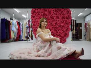 UniRenter (Юнирентер) прокат и аренда красивых вечерних платьев и одежды. Наш шоурум в Москве