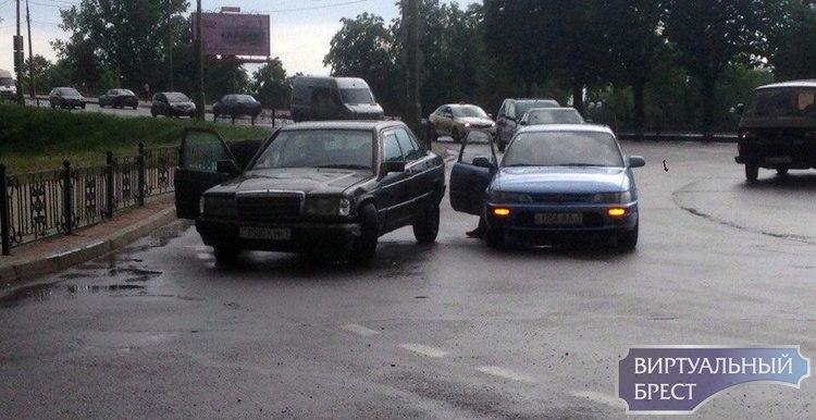 Каким чудом сегодня на кольце бульвара Шевченко столкнулись эти двое?