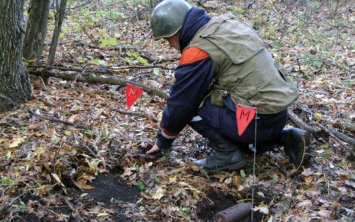 В Донецке сапёры нашли склад взрывчатки ВСУ