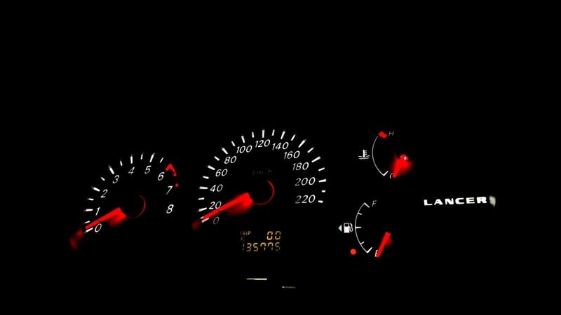 Mitsubishi Lancer 9 Пересвет панели приборов