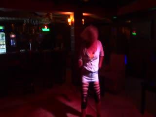 Мне 48 лет. И я танцую в лучших барах Шарм Ель Шейха. Египет.