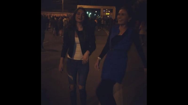 Пати мейкер😂 уличный денсер😂 это дискотека века💃💃🔥😂 @patrina_daria 😘