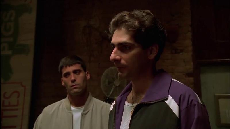 Тони Сопрано ставит на место Кристофера, и швыряет его дружка наркомана за дверь