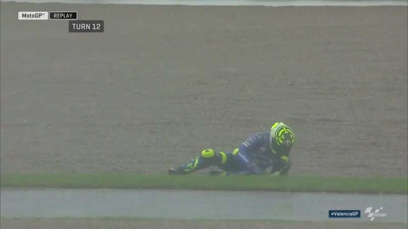 Iannone does a full 180 at turn 12!