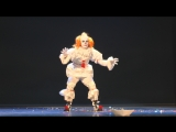 Cosplay Pennywise the Dancing Clown (It 2017) AniCon 2018