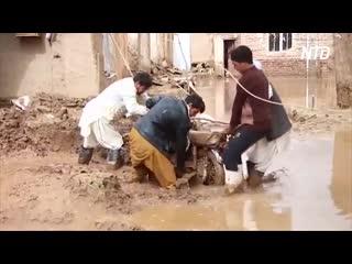 Внезапные наводнения в Афганистане не менее 35 погибших