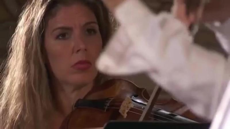 J. M. Leclair - Violin Concerto Op 10 No 3 D major - La Diane Francaise [Stephanie Marie Degand]