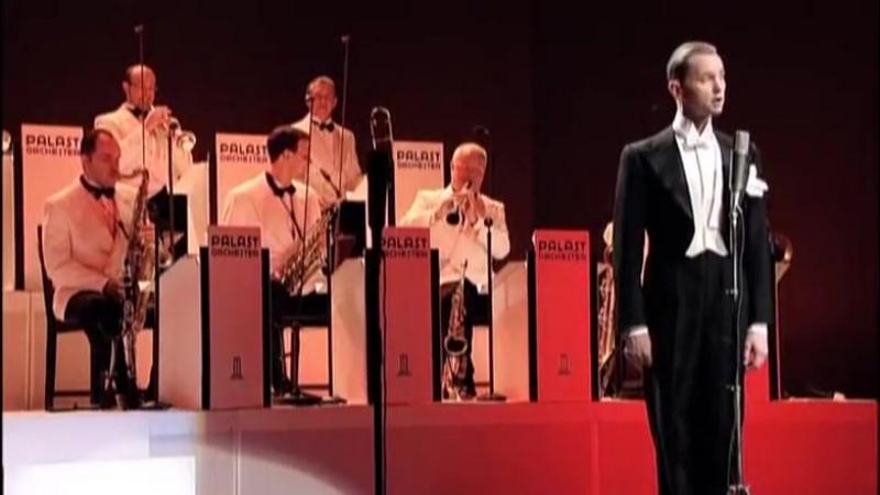 Max Raabe Palast Orchester Bei Mir Bist Du Schoen Live in New York 22 September 2008