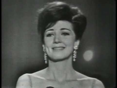 Anna Moffo sings the Jewel Song from Faust