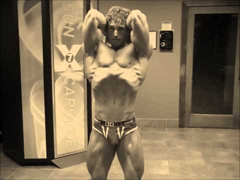 Aesthetic Posing @ 1 Week 5 Days Out