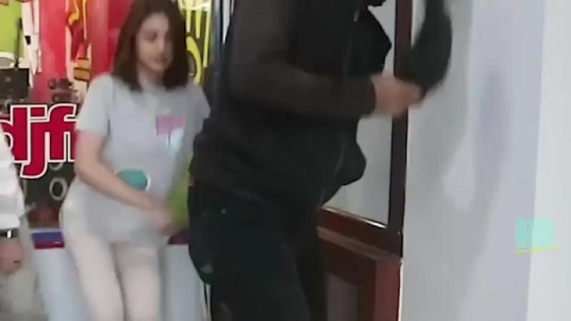 Где танцуют под Витаса?))