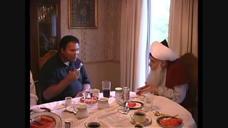 Summer of 2001 Boxer Muhammad Ali Clay visits Shaykh Hisham Kabbani.
