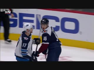 Adam Lowry Nikita Zadorov Exchange Fists During Avalanche's Rout Of Jets
