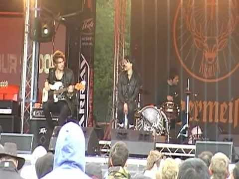 SIX HOUR SUNDOWN - Nothing Else Matters(Live@the Download/09.06.2012)