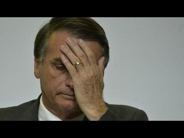 BIZARRO! Bêbada cria confusão com Bolsonaro e paga maior mico em aeroporto