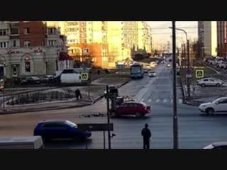 ДТП перекрёсток Ленинский пр. и ул. Котина.
