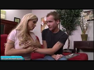 Мамочка нашла порнушку сына  Holly Halston milf mommy mature slut incest mom инцест мама табу милф мамка зрелая зрелка сиськи