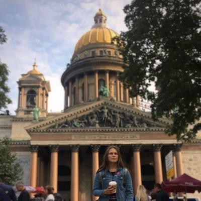 Лиза Мельникова