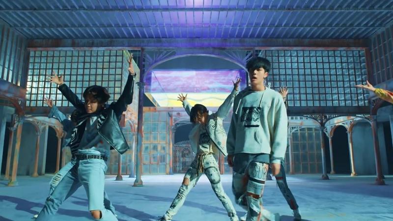 BTS (방탄소년단) FAKE LOVE Official MV (Extended ver.)