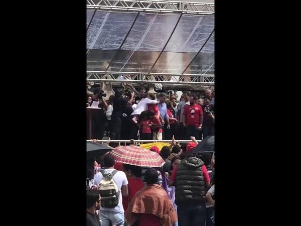 Comício de Haddad ontem em Ouro Preto lotado de gente