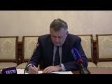 Прямая линия с Александром Дрозденко: музей, дороги, улучшение жилищных условий и ледовый дворец.