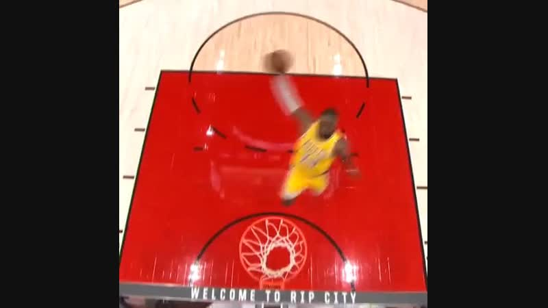 LeBron, Dame DUNK Sequence In Portland's Home Opener