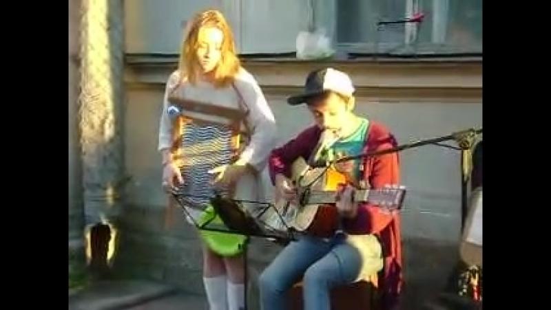 Музыканты — Вороваевец Giovana Corrêa