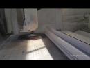 Производство ступеней для лестницы из Черногорского известняка