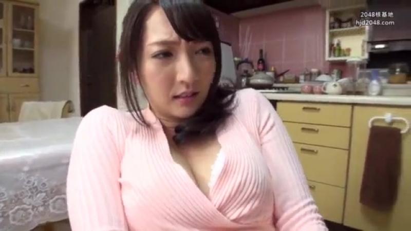 Ebony mom pimps daughter for porn