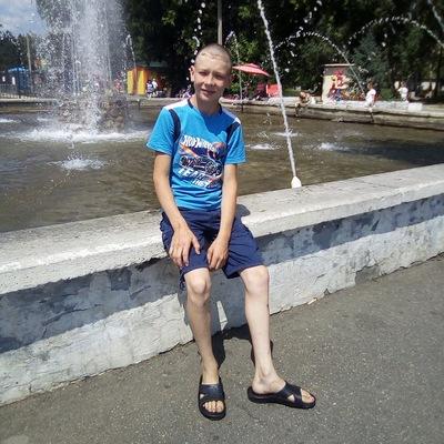 Константин Кирсанов