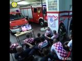 Хорватские пожарные смотрели серию пенальти в матче с Россией, во время которой зазвучала сирена!   Профессионализм, каким он и