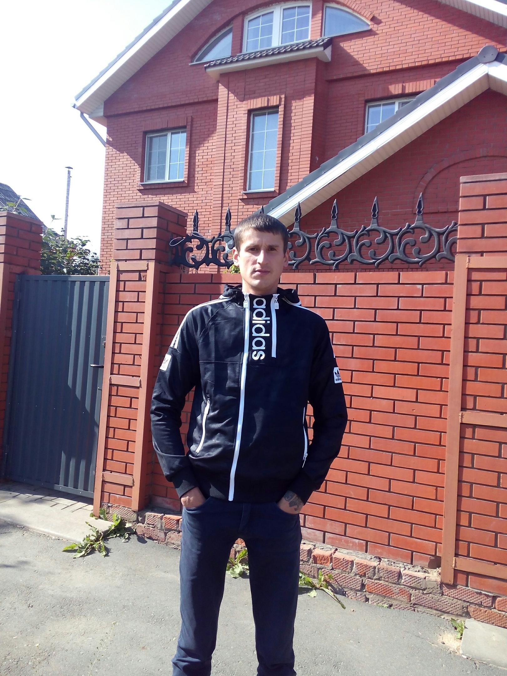 Alexey, 32, Izhevsk