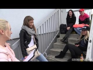 Парень трахнул троих на улице (чешское порно, секс, минет, анал, групповой секс, съем, сперма, на публике)
